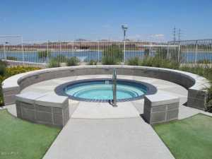 Bridgeview Condos Hot Tub